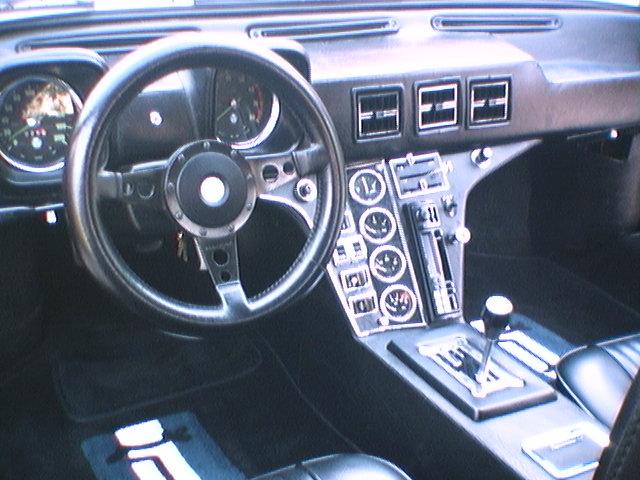 The 1971 de Tomaso Pantera Specifications